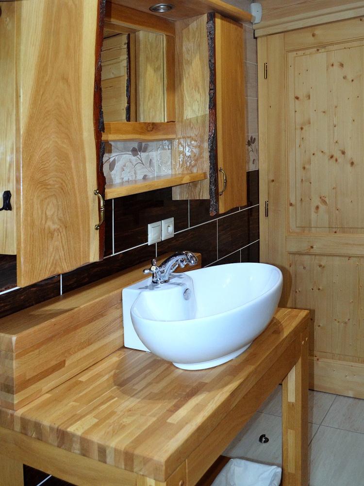Umývadlo v kúpelni | Chata Kukulienka